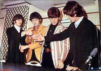 ps beatles.shake.hands